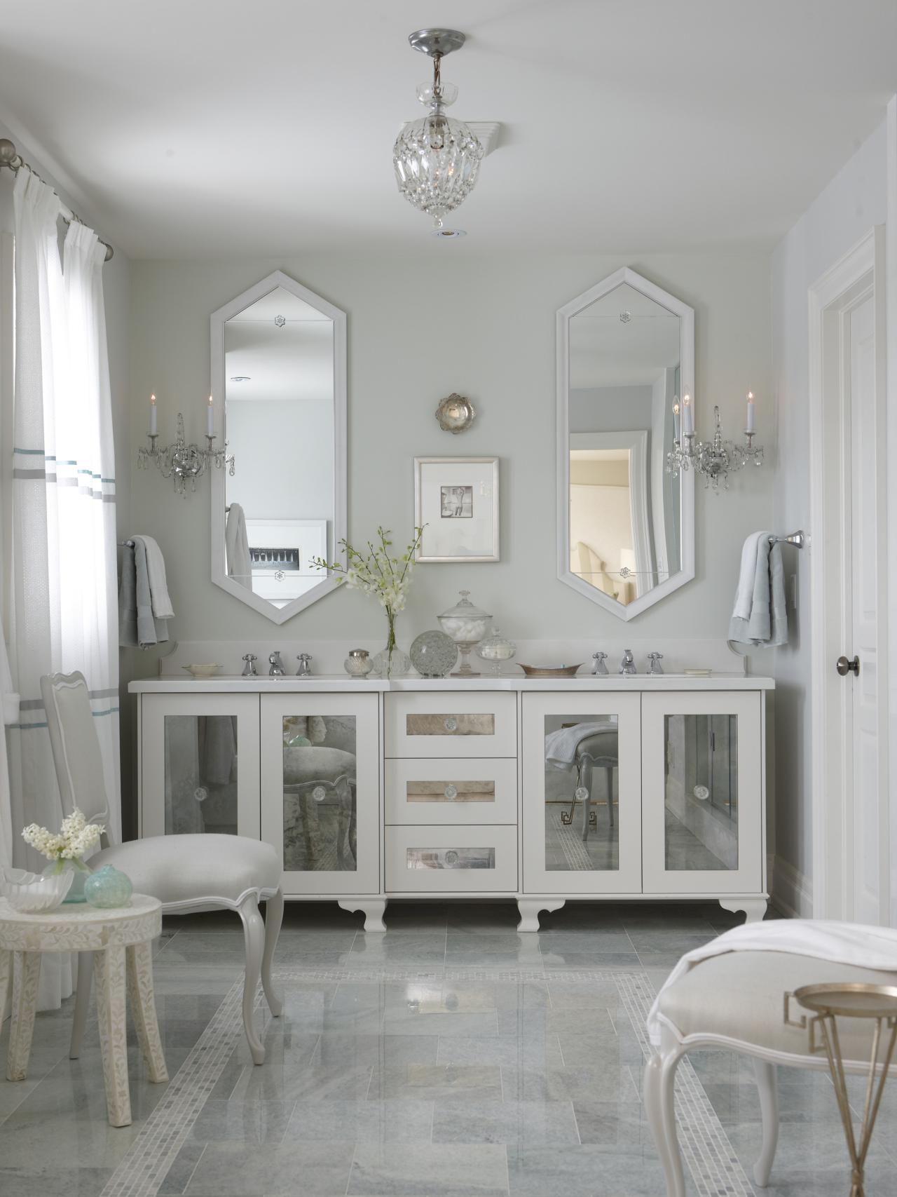 Amazing mirrored vanity for home furniture and vanity mirror with lights