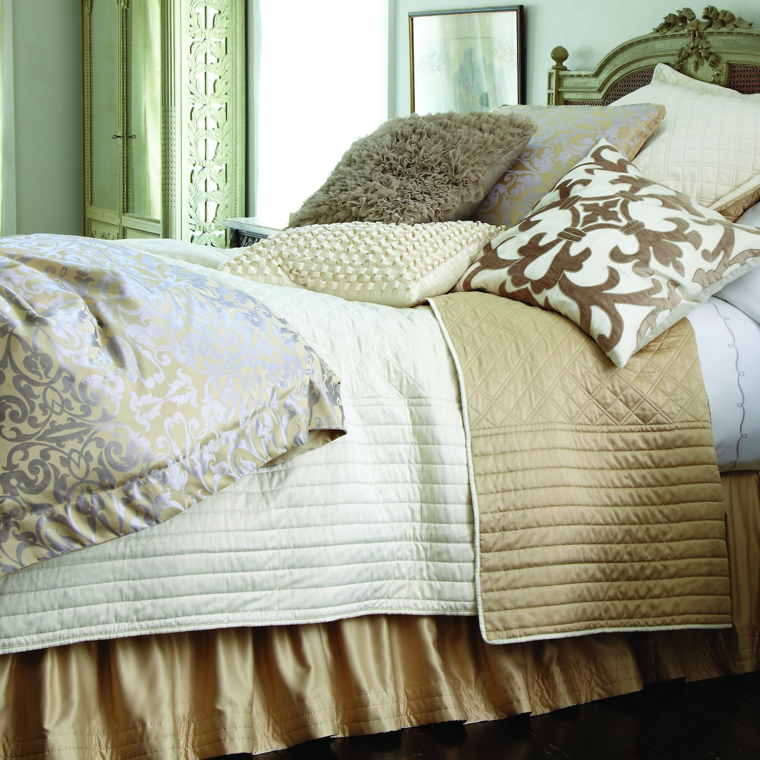 Attractive coverlets for fantastic bedroom ideas with matelasse coverlet