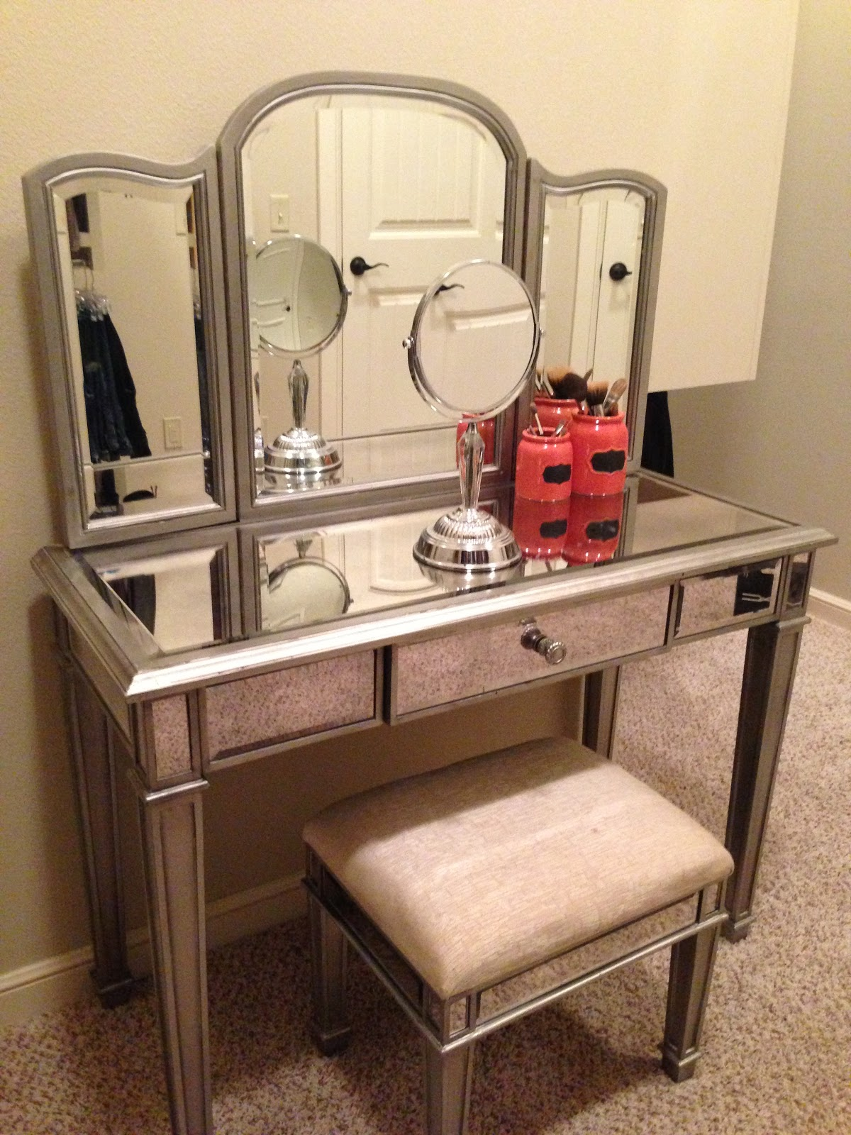 Awesome mirrored vanity for home furniture and vanity mirror with lights