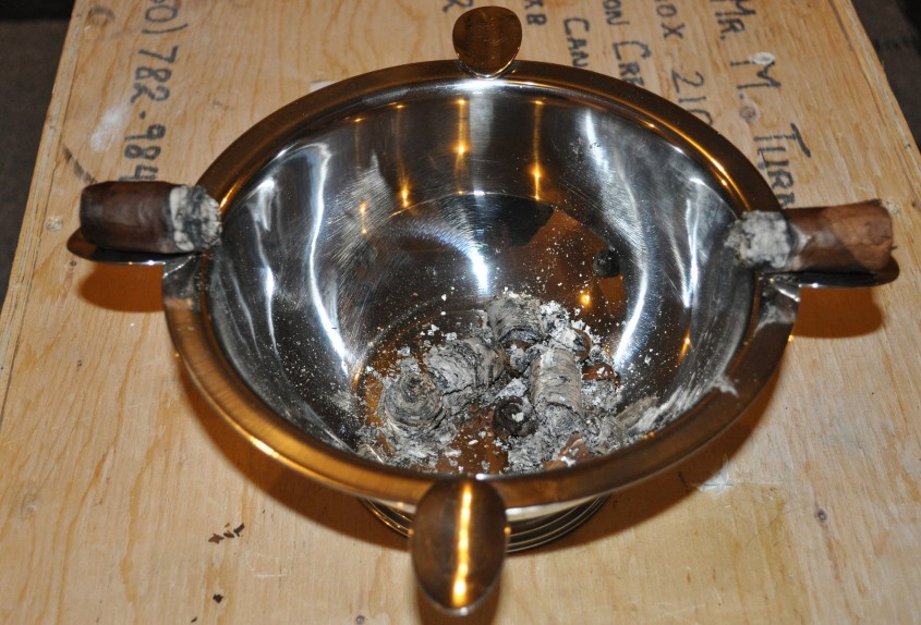 Best Cigar Ashtray For Your Cigars With Vintage Cigar Ashtray