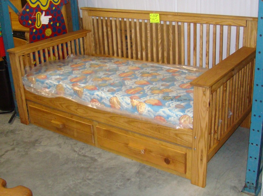 Breathtaking Daybed With Storage For Small Bedroom Design With Full Size Daybed With Storage