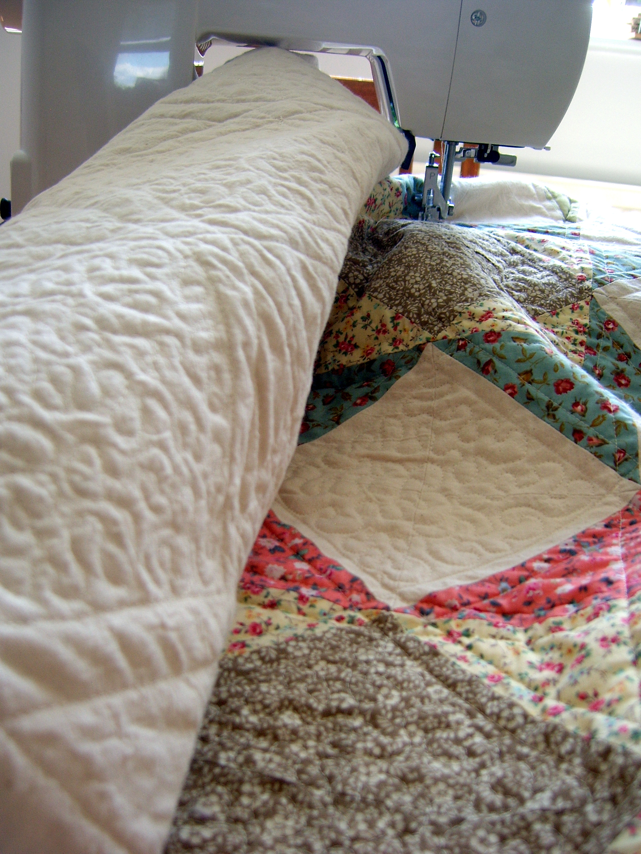 Captivating king size quilts for modern bedroom design with king size quilt dimensions