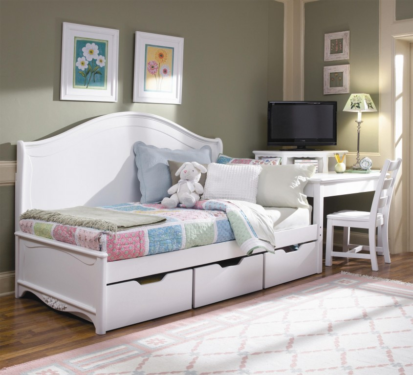 Cool Daybed With Storage For Small Bedroom Design With Full Size Daybed With Storage