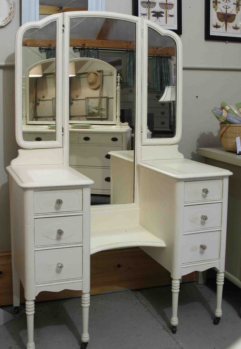 Antique White Painted Mahogany Vanity Table With Drawers Cabinet Inside Mirrored Vanity Desk