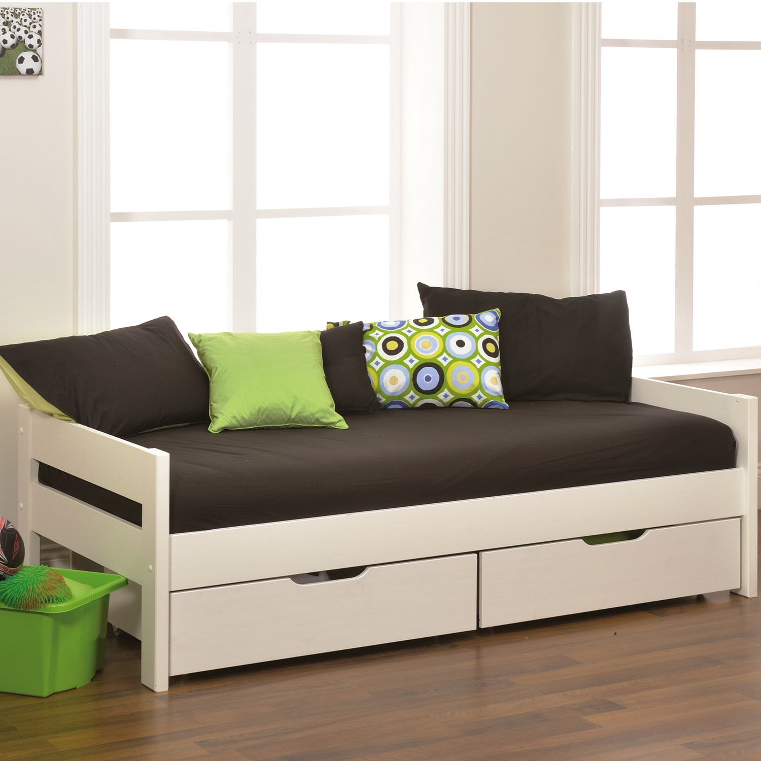 Excellent daybed with storage for small bedroom design with full size daybed with storage