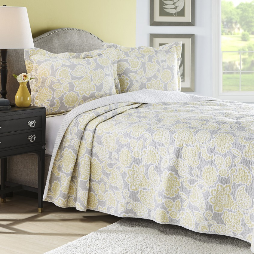Exquisite King Size Quilts For Modern Bedroom Design With King Size Quilt Dimensions