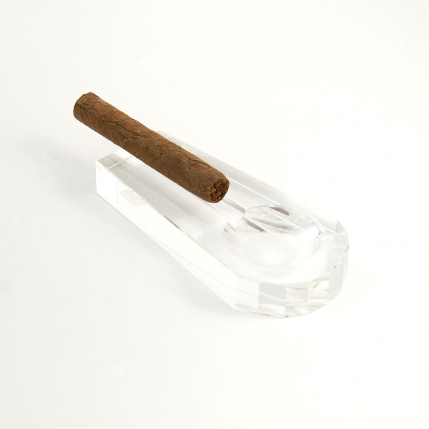 Incredible Cigar Ashtray For Your Cigars With Crystal Cigar Ashtray