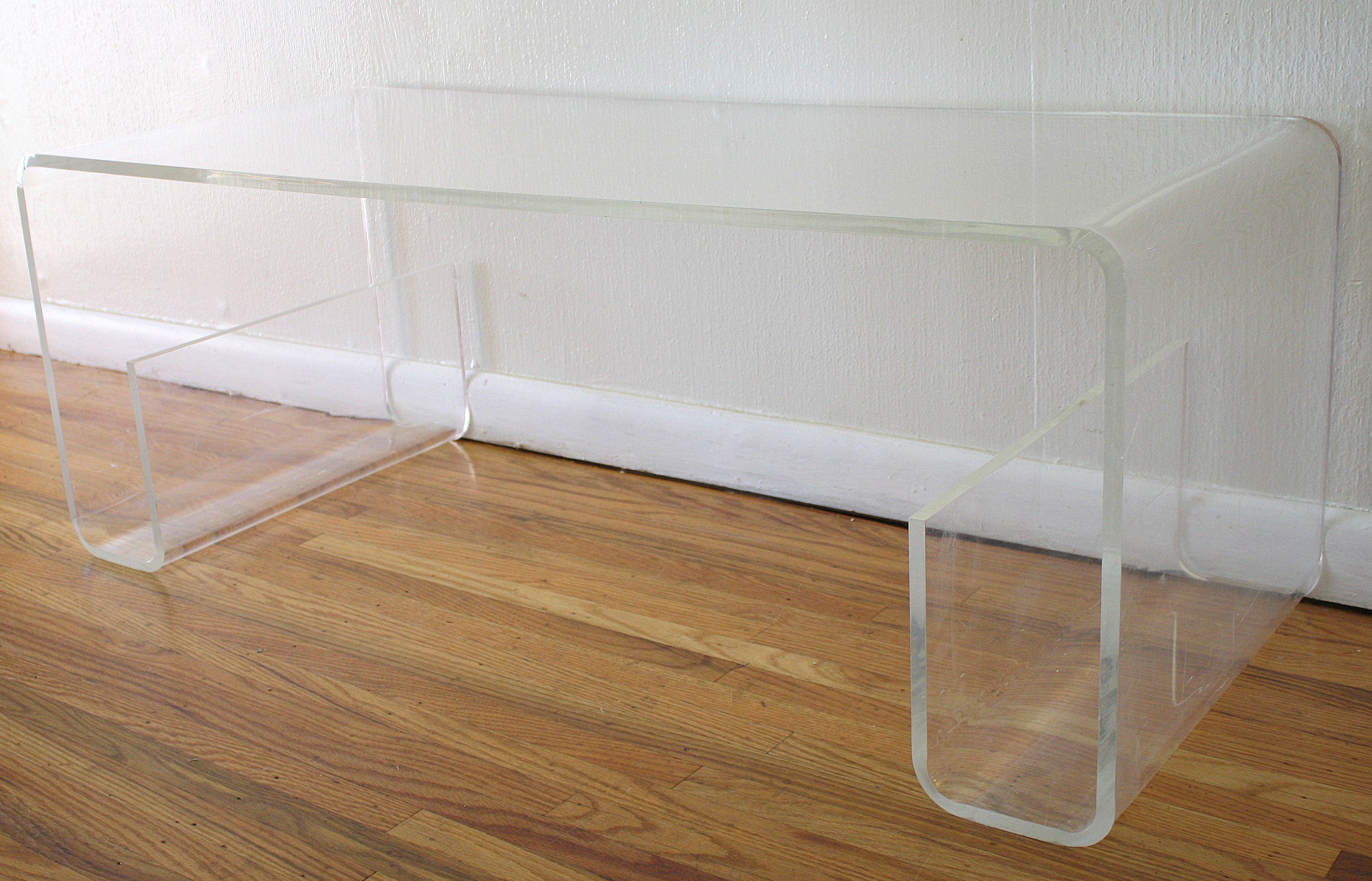 Mesmerizing acrylic coffee table for home furniture with clear acrylic coffee table