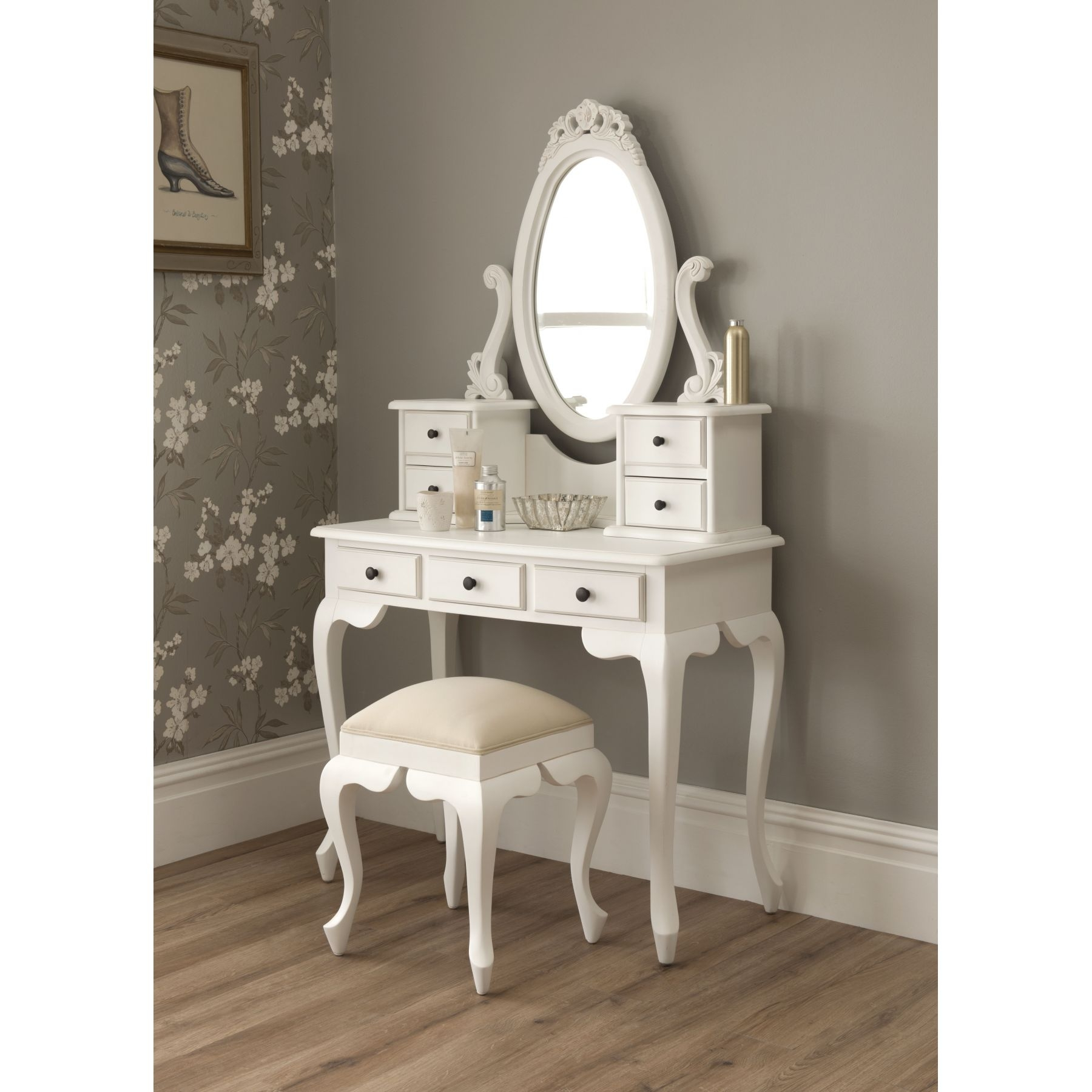 Awesome White Lacquer Solid Wood Corner Bedroom Vanity With throughout Small Mirrored Vanity - Bedroom Design Ideas