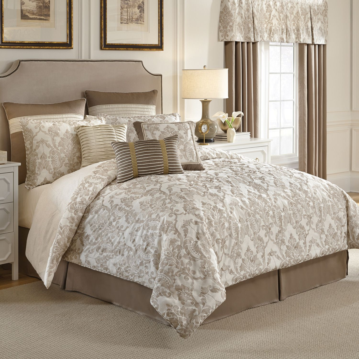 Amazing comforters sets for bedroom design with queen comforter sets