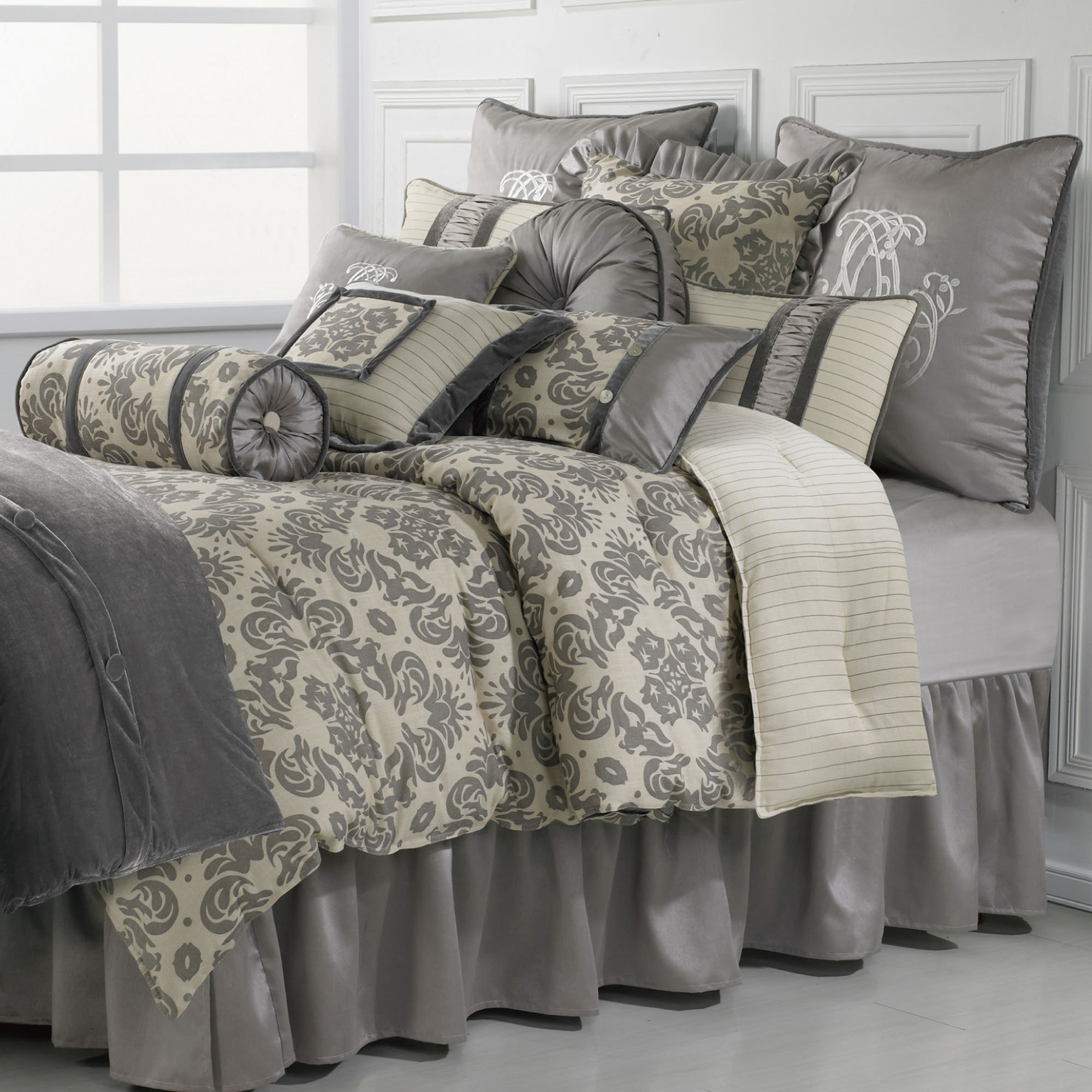 Amazing damask bedding for bed decorating ideas with damask bedding set and damask crib bedding