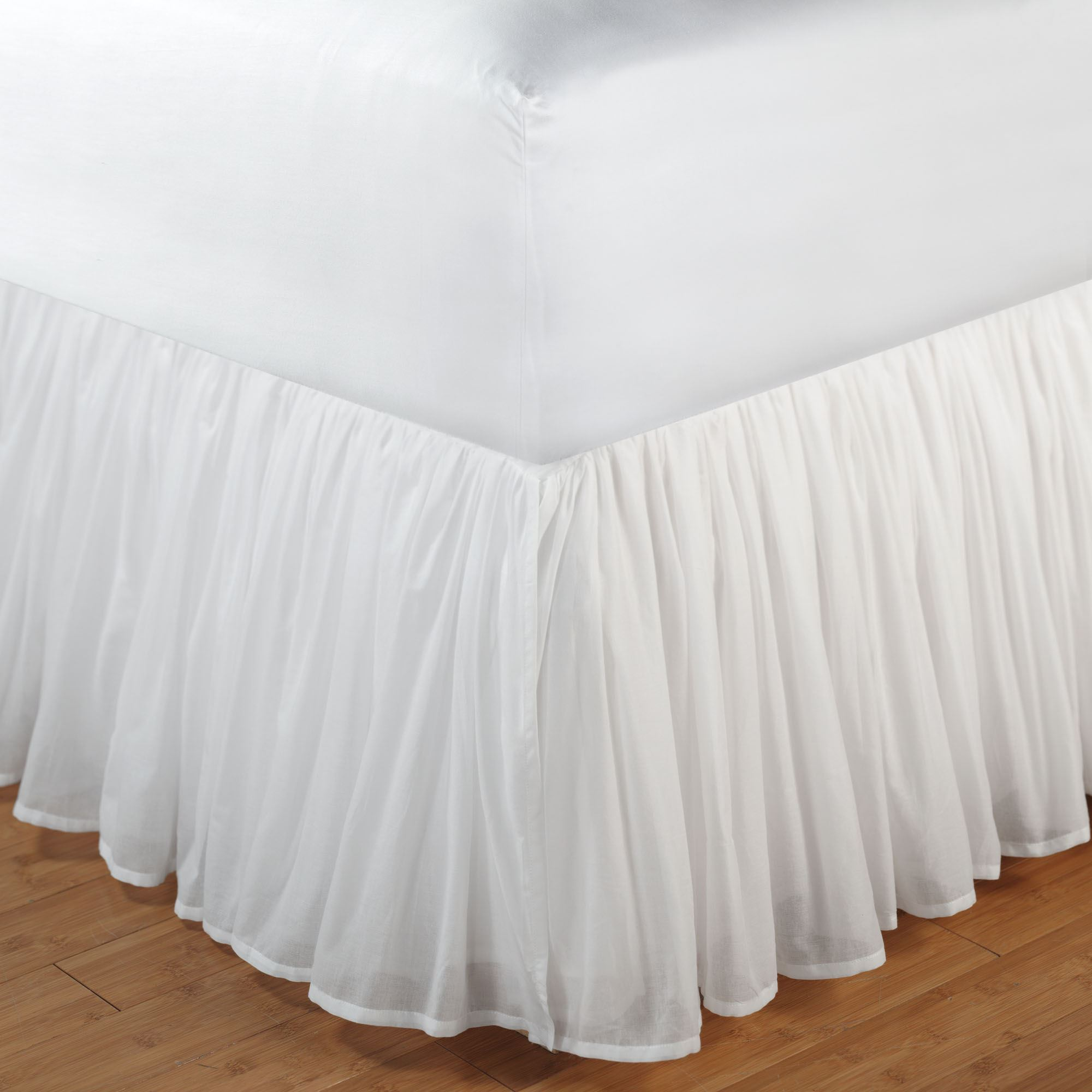 Amusing bedskirts for bedroom with daybed bedskirt