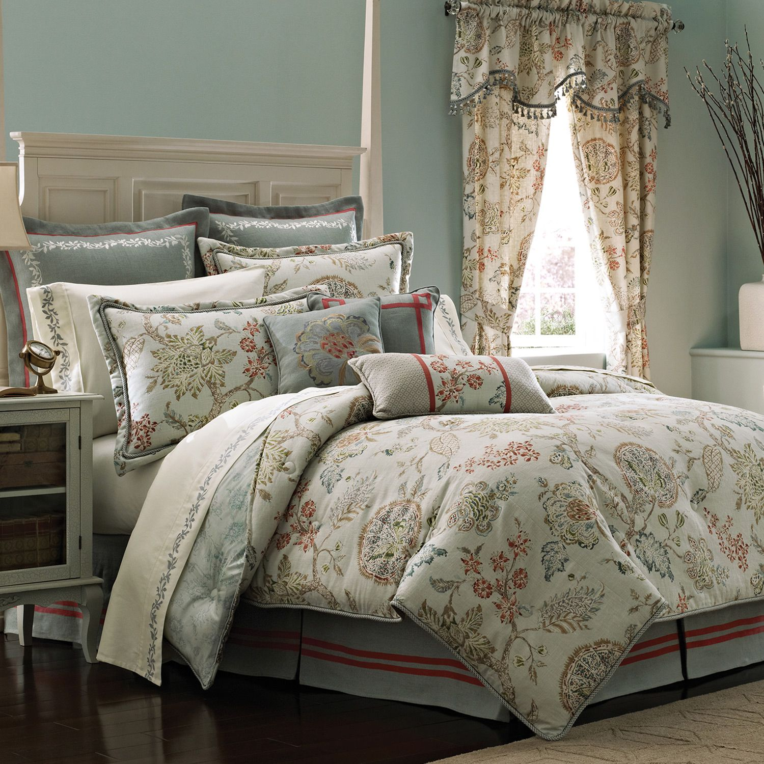 Awesome comforters sets for bedroom design with queen comforter sets