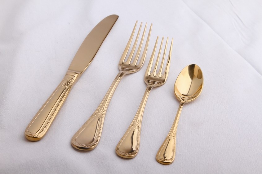 Awesome Gold Flatware For Kitchen And Dining Sets Ideas With Gold Flatware Set