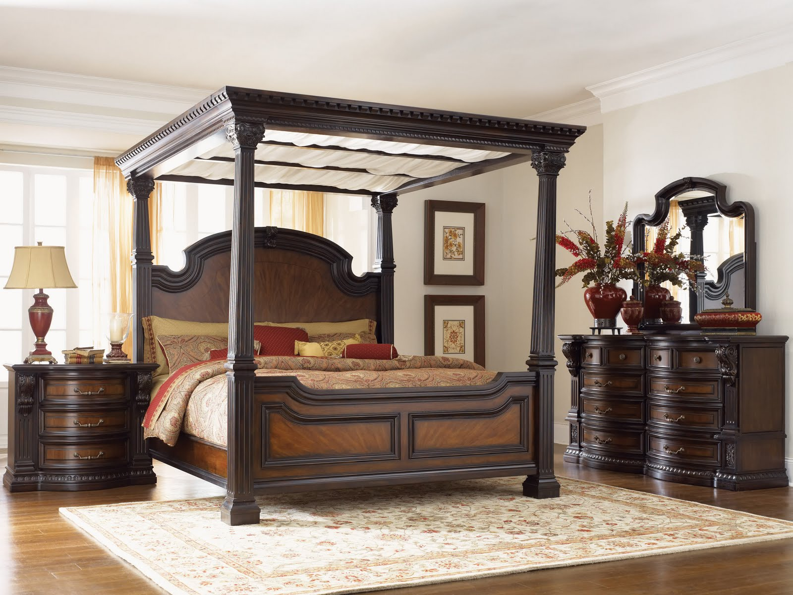 Awesome king canopy bed for classic bedroom ideas with king size canopy bed & Bedroom Design: Inspiring King Canopy Bed For Classic Bedroom ...