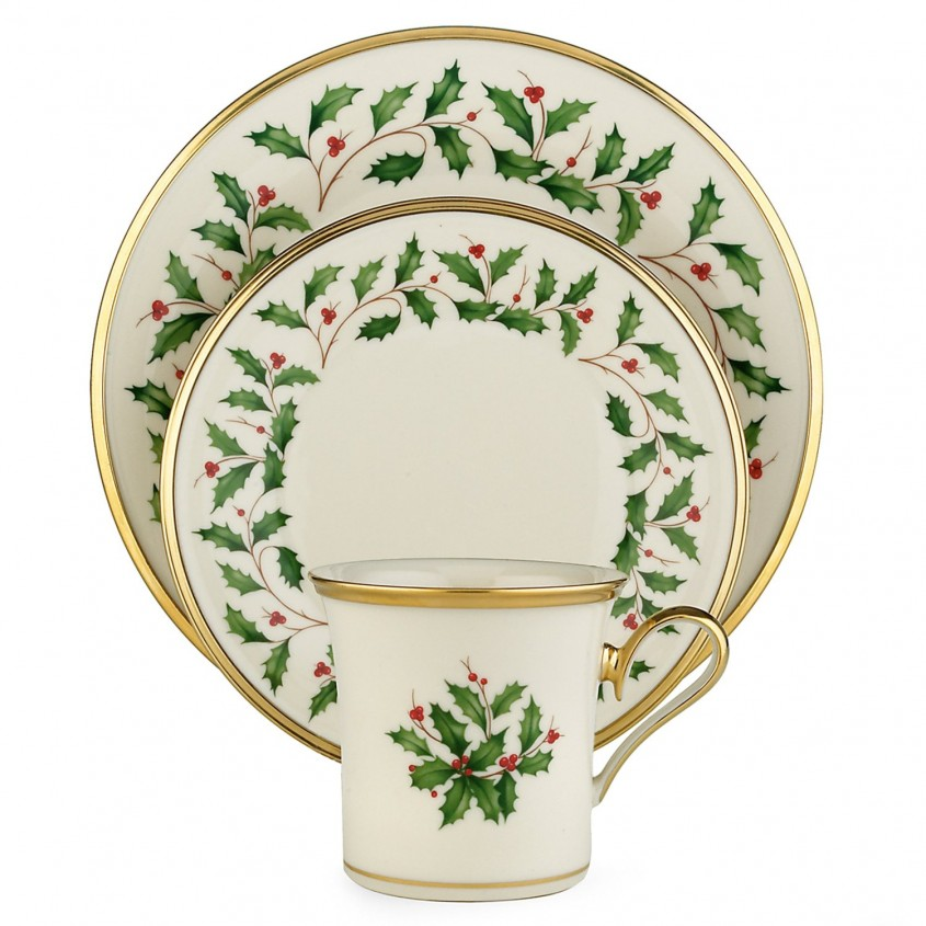 Beautiful Christmas Dinnerware For Christmas Decorating Ideas With Christmas Dinnerware Sets Clearance