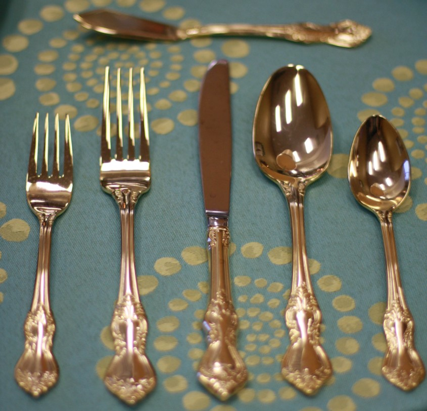 Beautiful Gold Flatware For Kitchen And Dining Sets Ideas With Gold Flatware Set