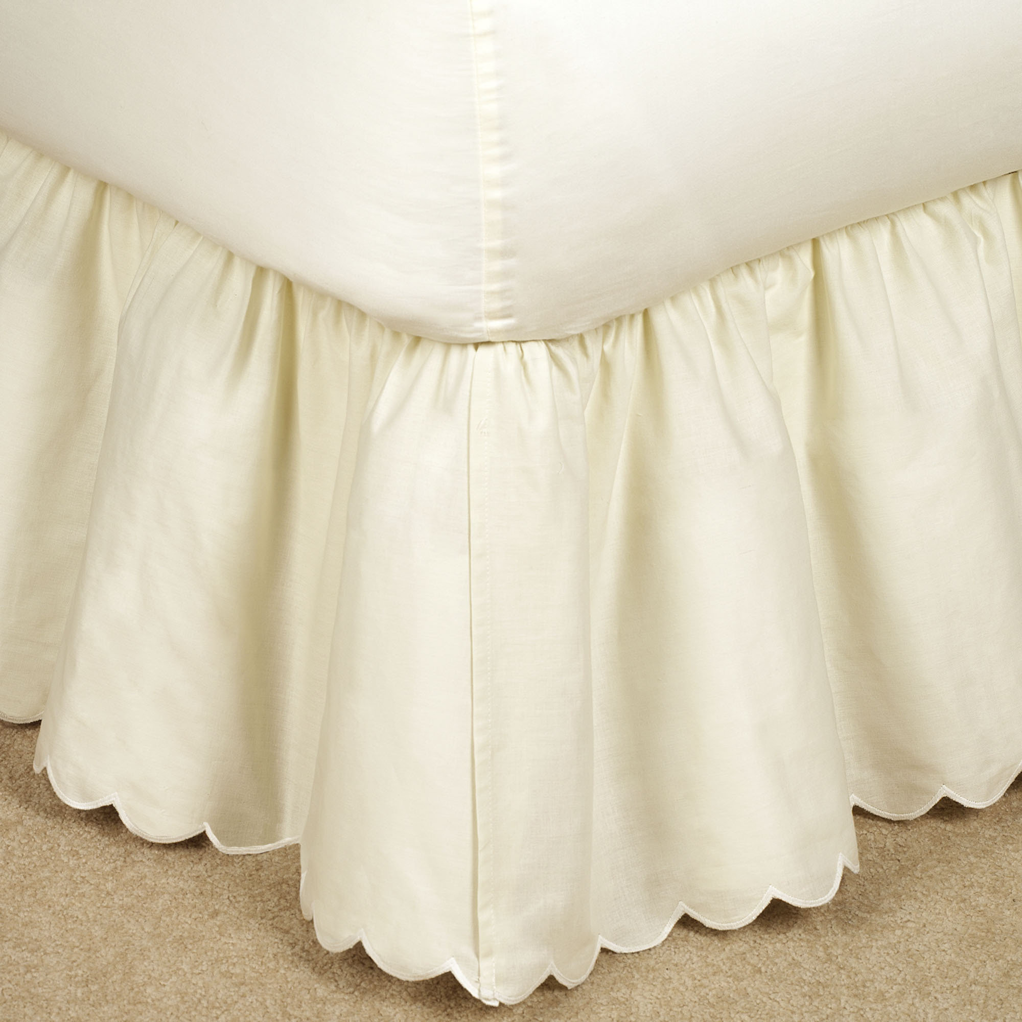 Best Bedskirts For Bedroom With Daybed Bedskirt
