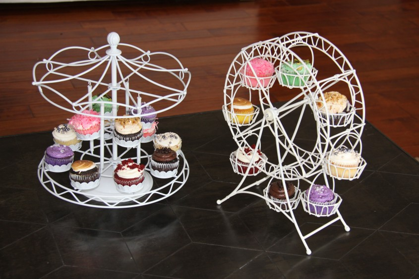 Best Ferris Wheel Cupcake Holder For Carnival Party With Ferris Wheel Cupcake Stand