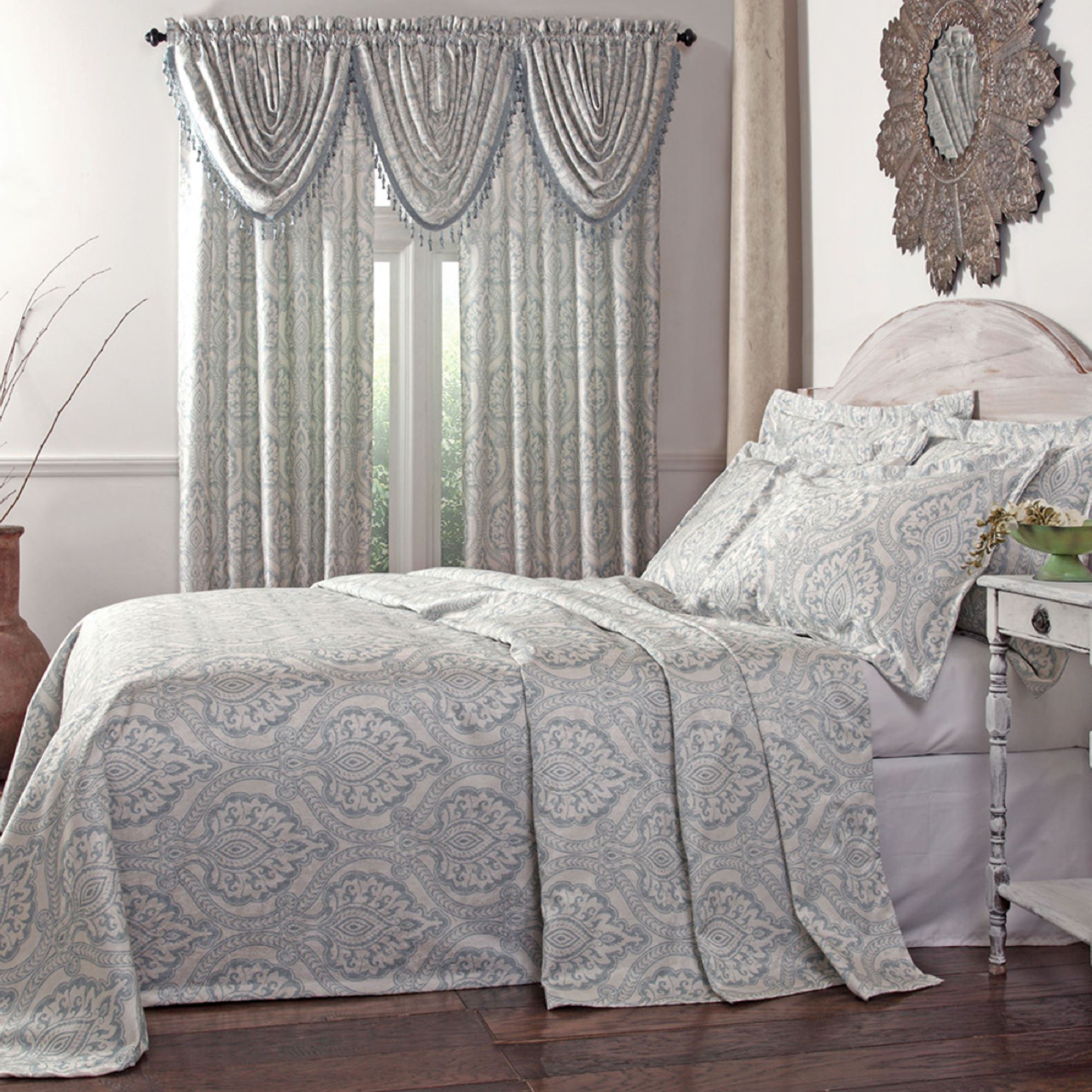 Breathtaking damask bedding for bed decorating ideas with damask bedding set and damask crib bedding