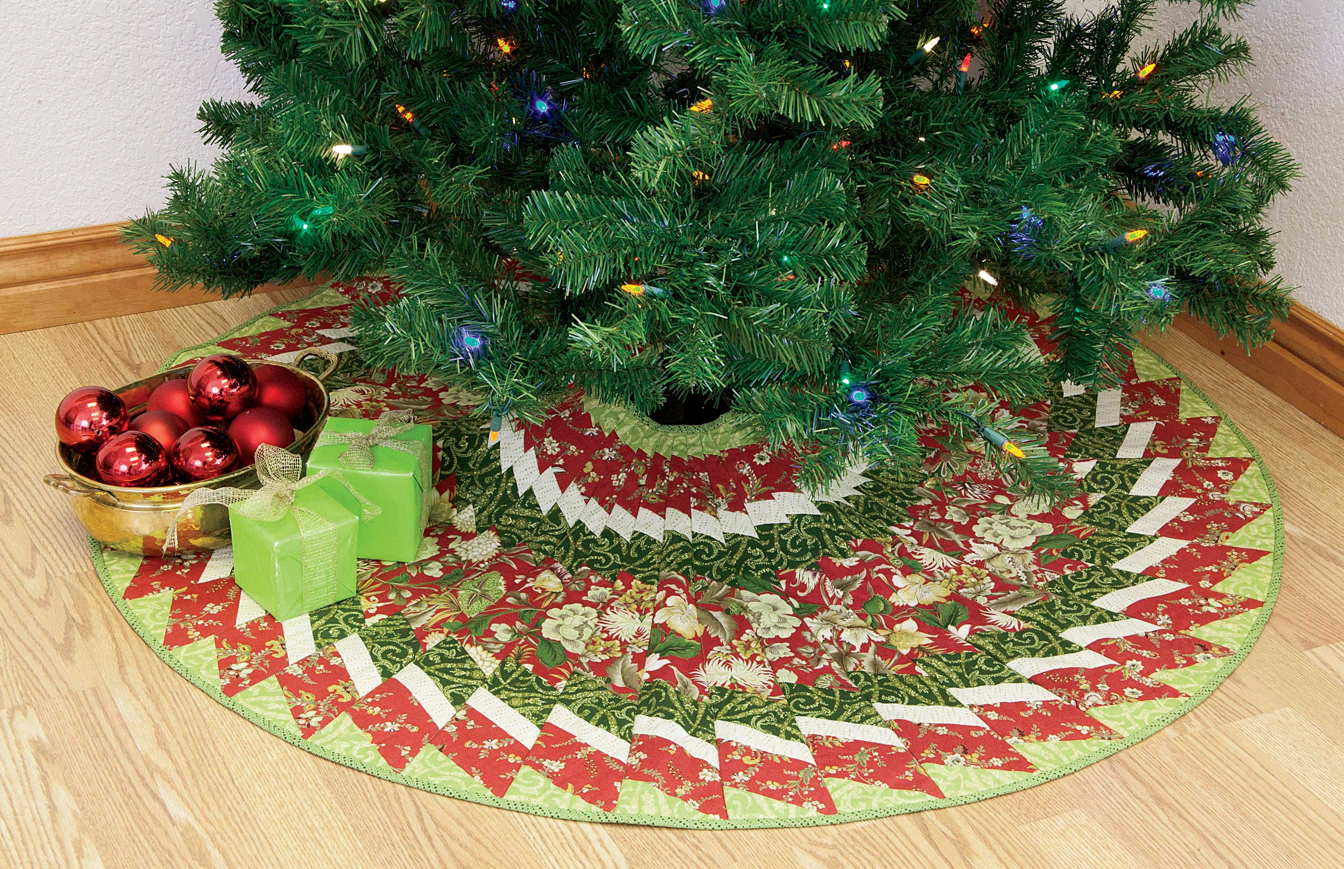 Captivating christmas tree skirts for christmas ideas with christmas tree skirt pattern