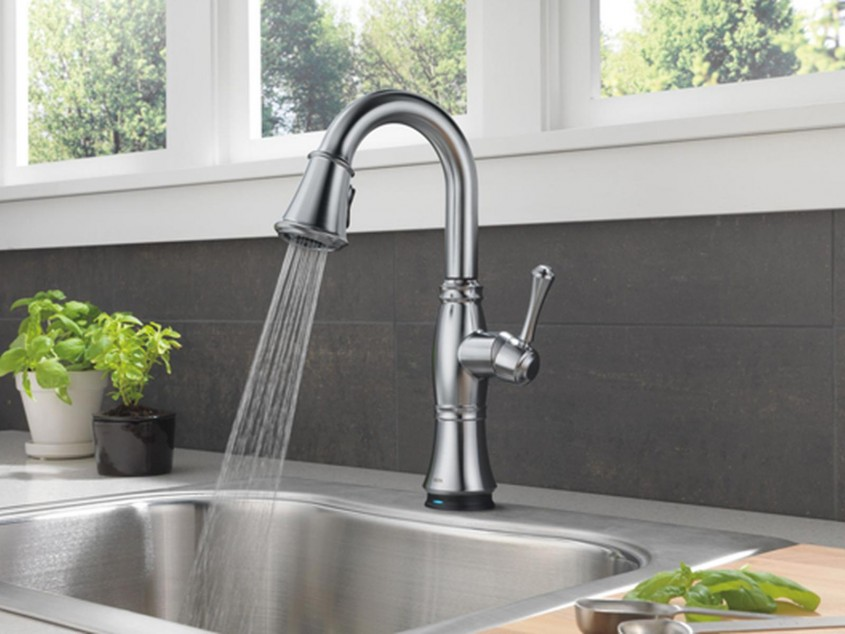 Captivating Delta Cassidy Kitchen Faucet For Kitchen Faucet Ideas With Delta Single Handle Kitchen Faucet With Spray