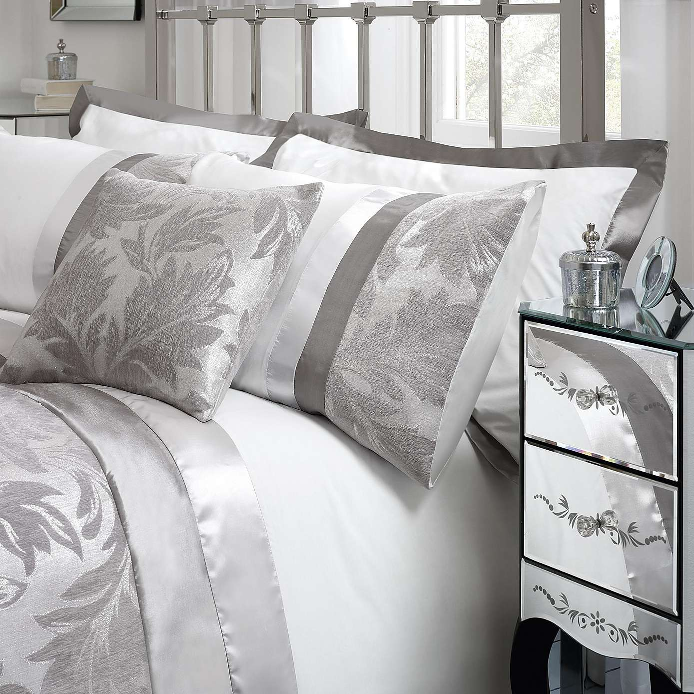 Charming damask bedding for bed decorating ideas with damask bedding set and damask crib bedding