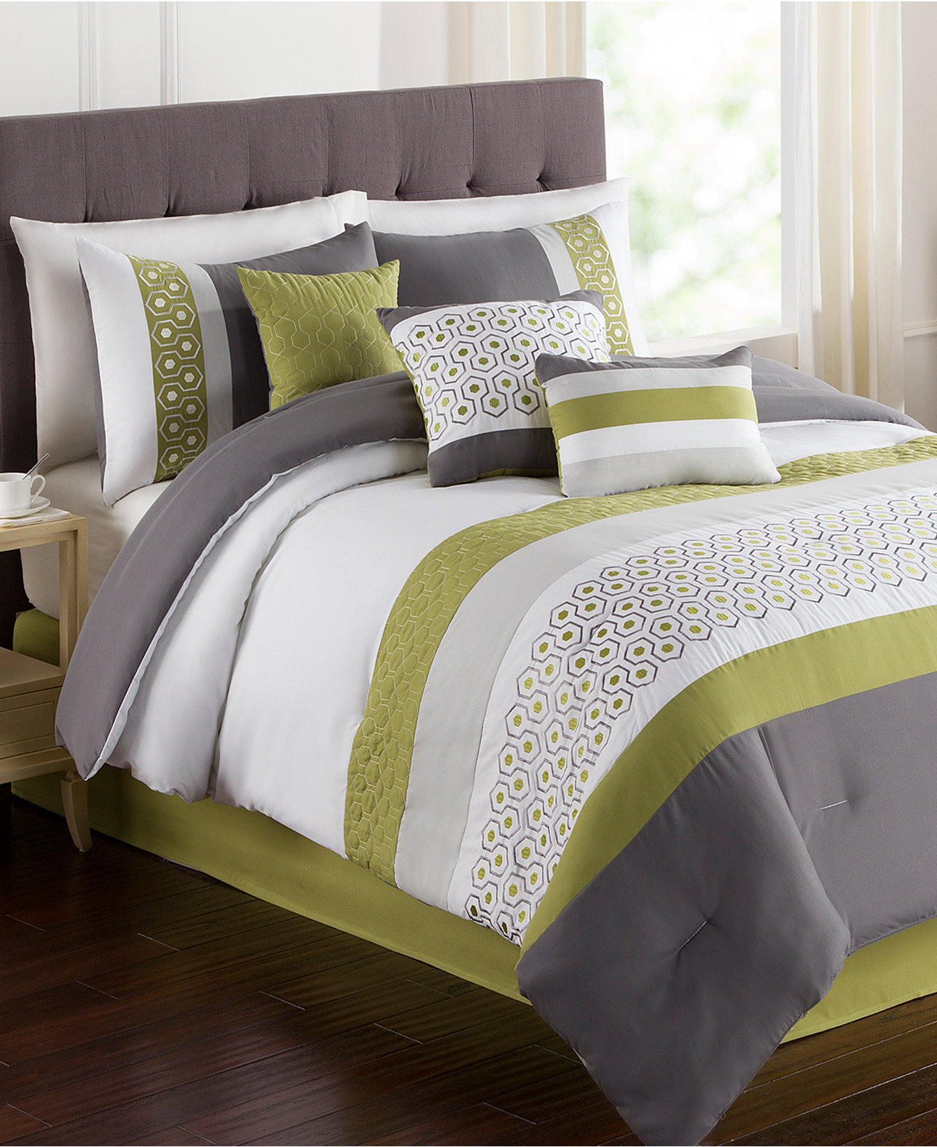 Classy comforters sets for bedroom design with queen comforter sets