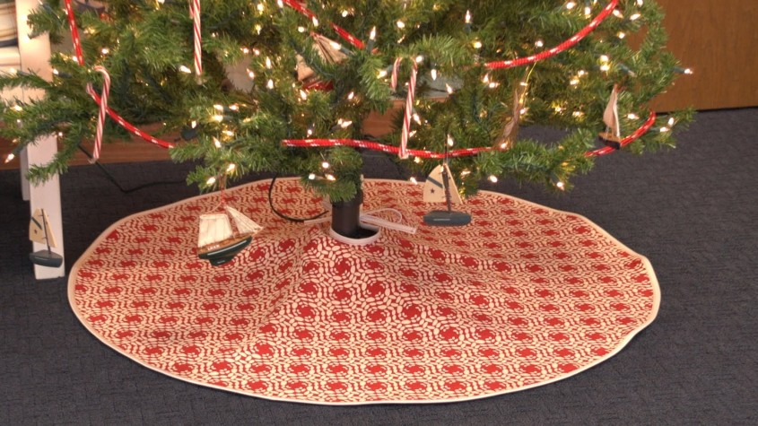 Cool Christmas Tree Skirts For Christmas Ideas With Christmas Tree Skirt Pattern