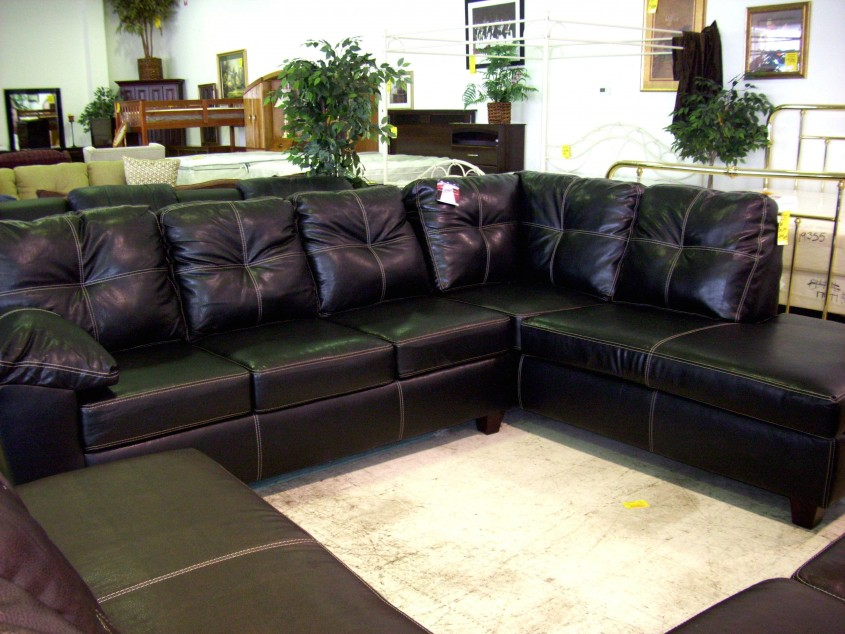 Black Leather Sectional Sofa With Chaise