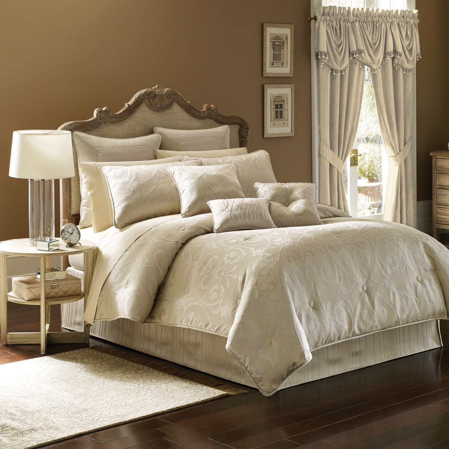 Dazzling comforters sets for bedroom design with queen comforter sets