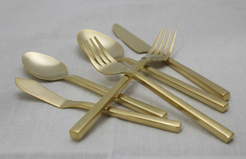 Dazzling Gold Flatware For Kitchen And Dining Sets Ideas With Gold Flatware Set