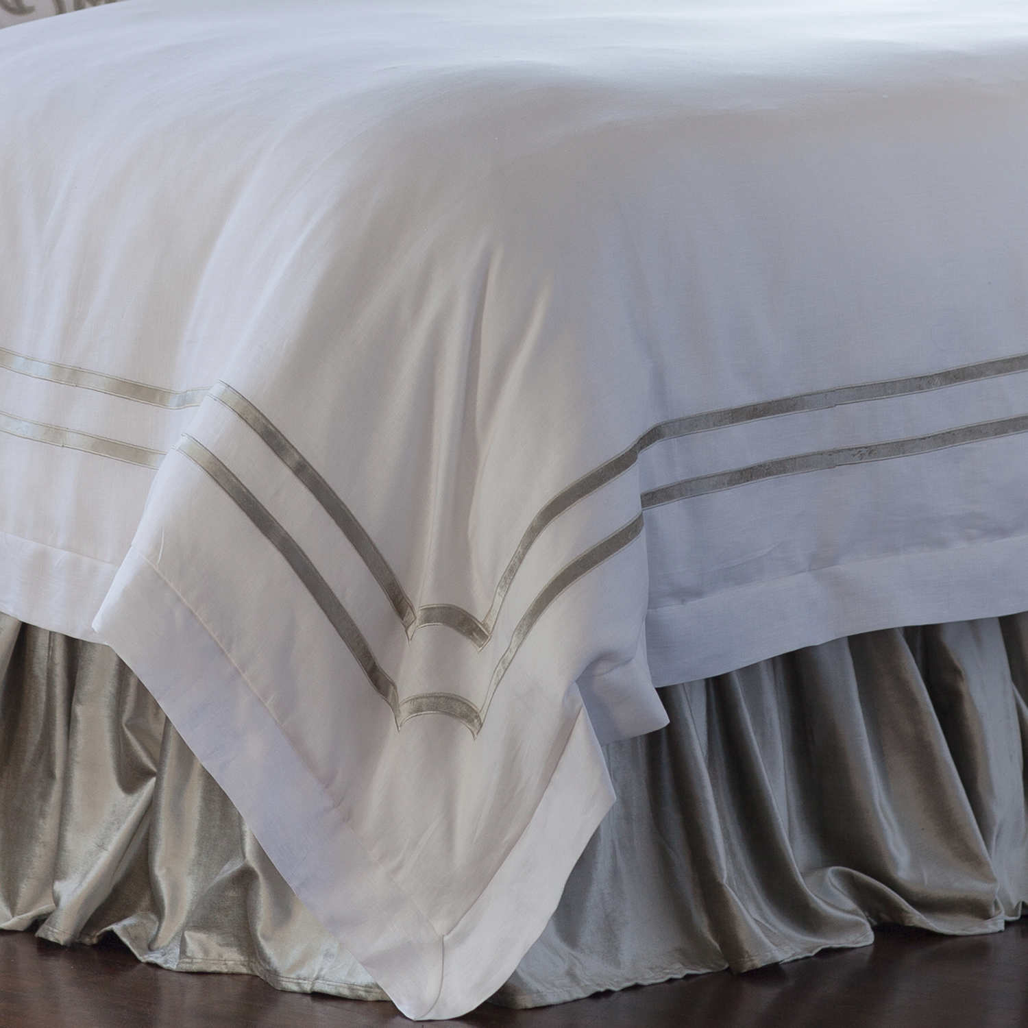 Exciting bedskirts for bedroom design with daybed bedskirt