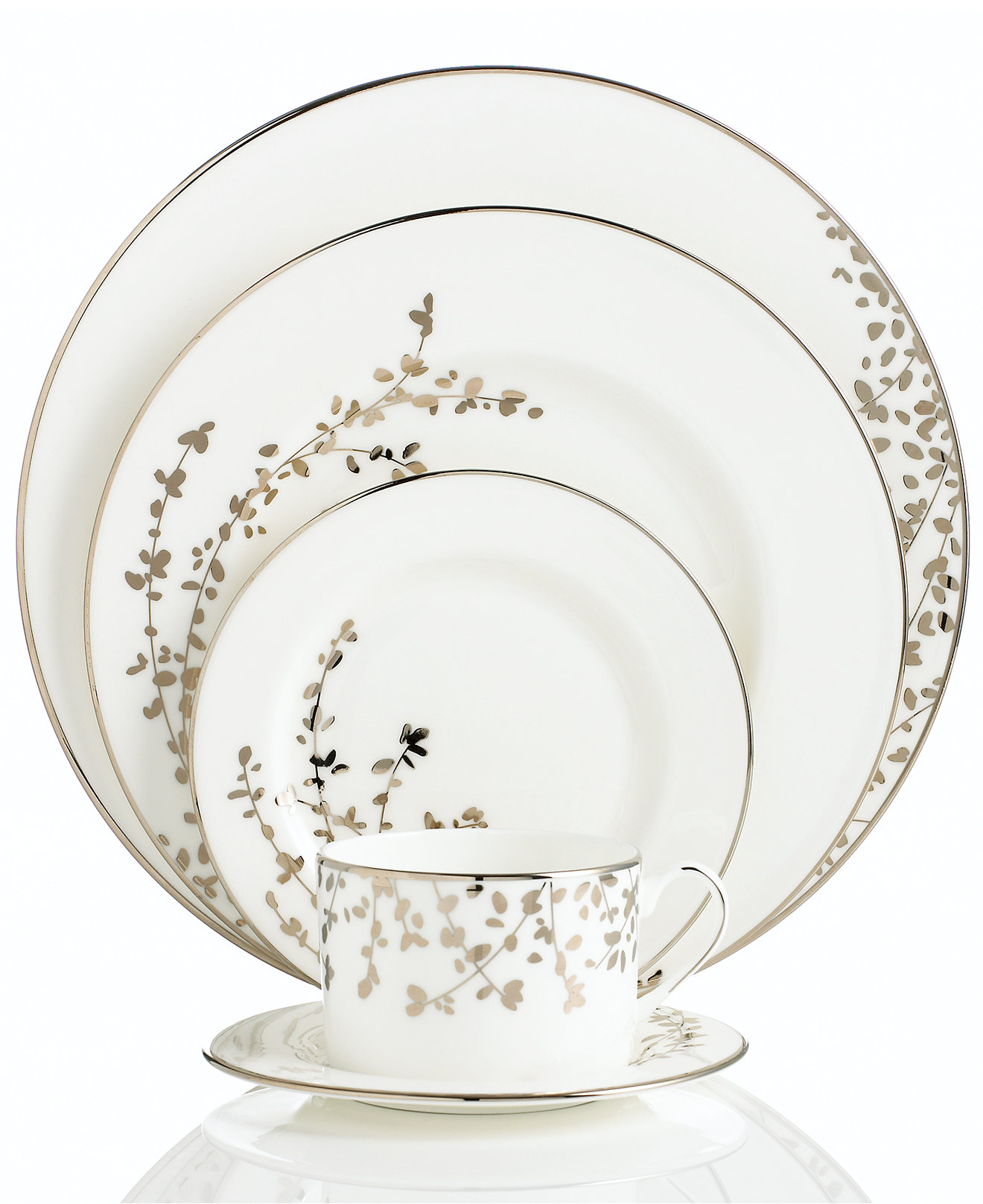 Incredible Christmas Dinnerware For Christmas Decorating Ideas With Christmas Dinnerware Sets Clearance  sc 1 st  Straydogrecordingco.com & Kitchen u0026 Dining Sets: Incredible Christmas Dinnerware For Christmas ...
