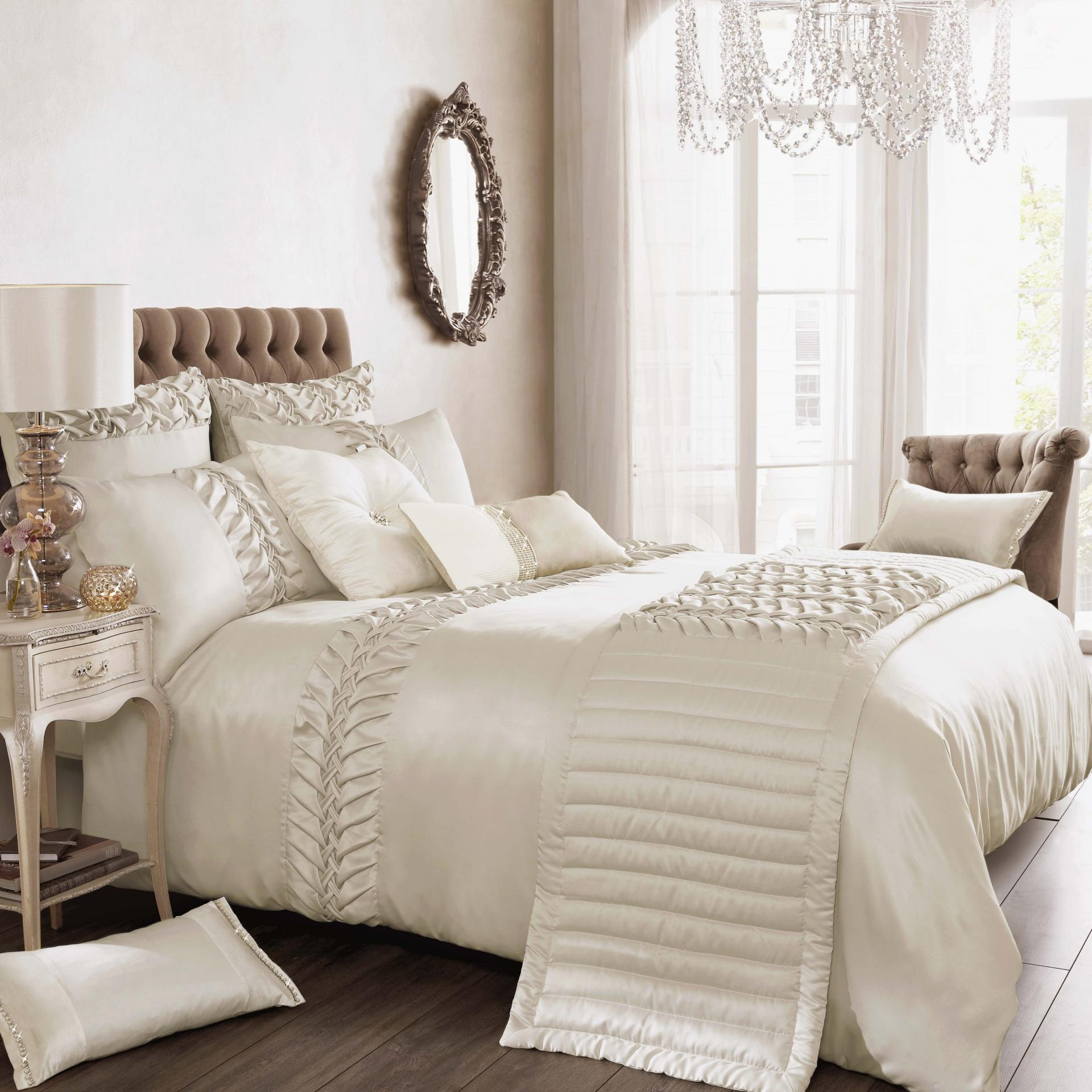 Marvellous comforters sets for bedroom design with queen comforter sets